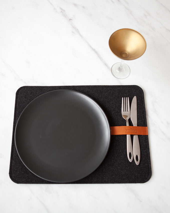 Placemat Charcoal